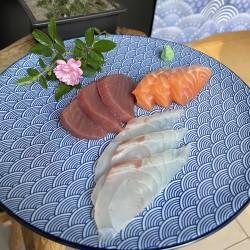 Sashimi krožnik